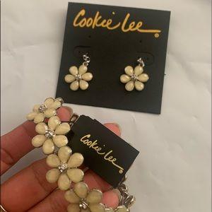 Bracelet/ earrings